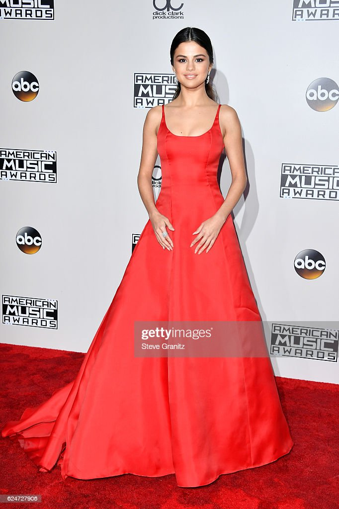 Actress Selena Gomez attends the 2016 American Music Awards at Microsoft Theater on November 20, 2016 in Los Angeles, California.