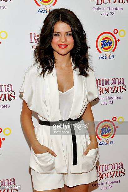 Actress Selena Gomez attends the premiere of 'Ramona and Beezus' presented by Tide with ActiLift at Madison Square Park on July 20 2010 in New York...