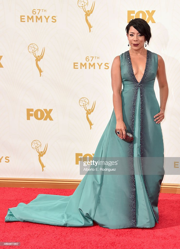 Actress Selenis Leyva attends the 67th Emmy Awards at Microsoft Theater on September 20 2015 in Los Angeles California 25720_001