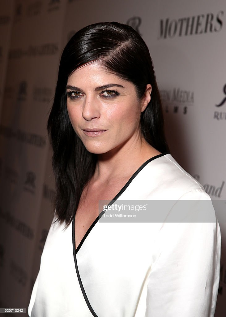 Actress <a gi-track='captionPersonalityLinkClicked' href=/galleries/search?phrase=Selma+Blair&family=editorial&specificpeople=171869 ng-click='$event.stopPropagation()'>Selma Blair</a> attends the Los Angeles Premiere of Screen Media Film's 'Mothers And Daughters' at The London on April 28, 2016 in West Hollywood, California.
