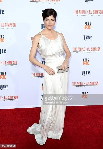 Actress Selma Blair attends the premiere of FX's American Crime Story The People V OJ Simpson at Westwood Village Theatre on January 27 2016 in...