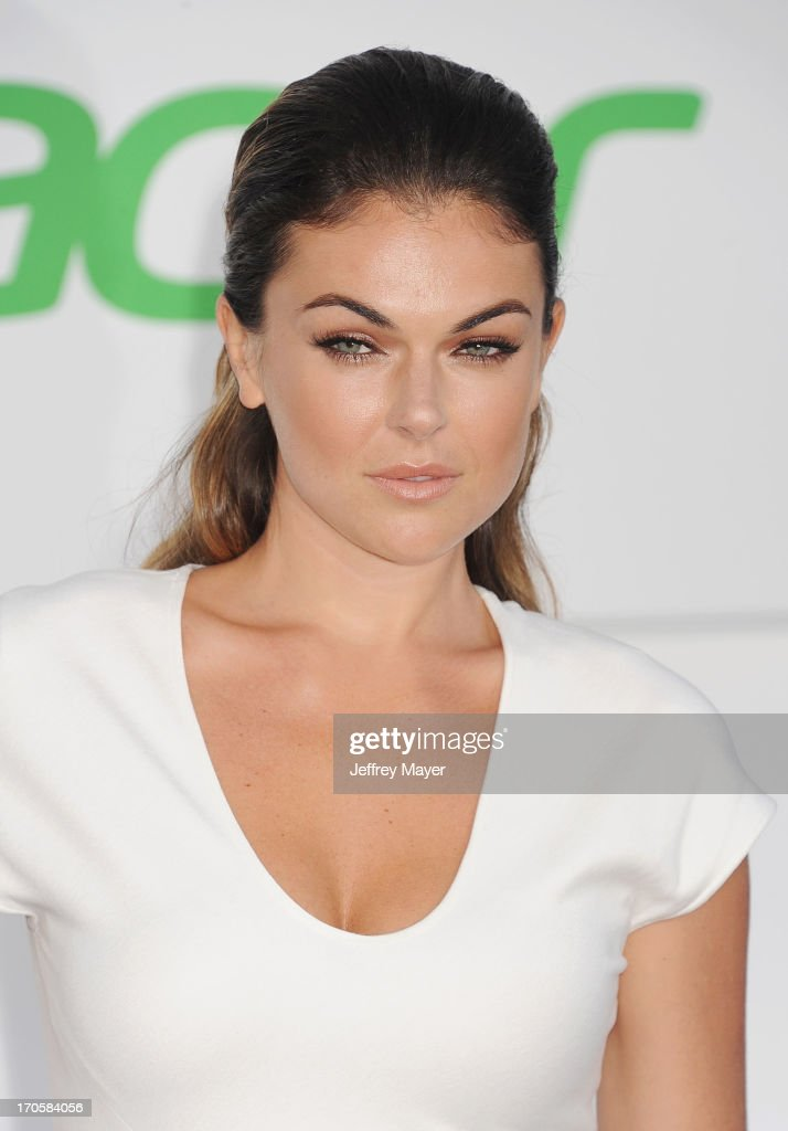 Actress Serinda Swan arrives at the Los Angeles premiere of 'Star Trek: Into Darkness' at Dolby Theatre on May 14, 2013 in Hollywood, California.