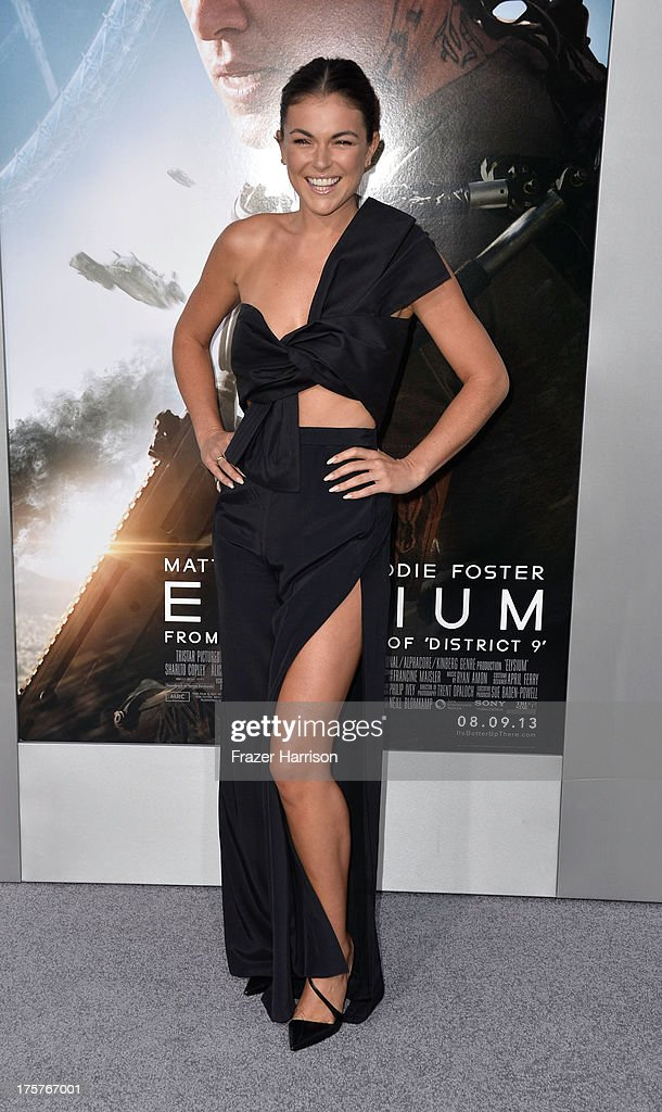 Actress <a gi-track='captionPersonalityLinkClicked' href=/galleries/search?phrase=Serinda+Swan&family=editorial&specificpeople=4388541 ng-click='$event.stopPropagation()'>Serinda Swan</a> arrives at the Premiere of TriStar Pictures' 'Elysium' at Regency Village Theatre on August 7, 2013 in Westwood, California.
