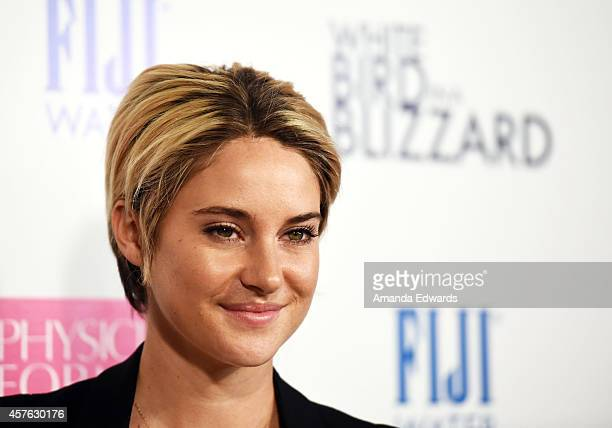 Actress Shailene Woodley arrives at the Los Angeles premiere of 'White Bird In A Blizzard' at ArcLight Hollywood on October 21 2014 in Hollywood...