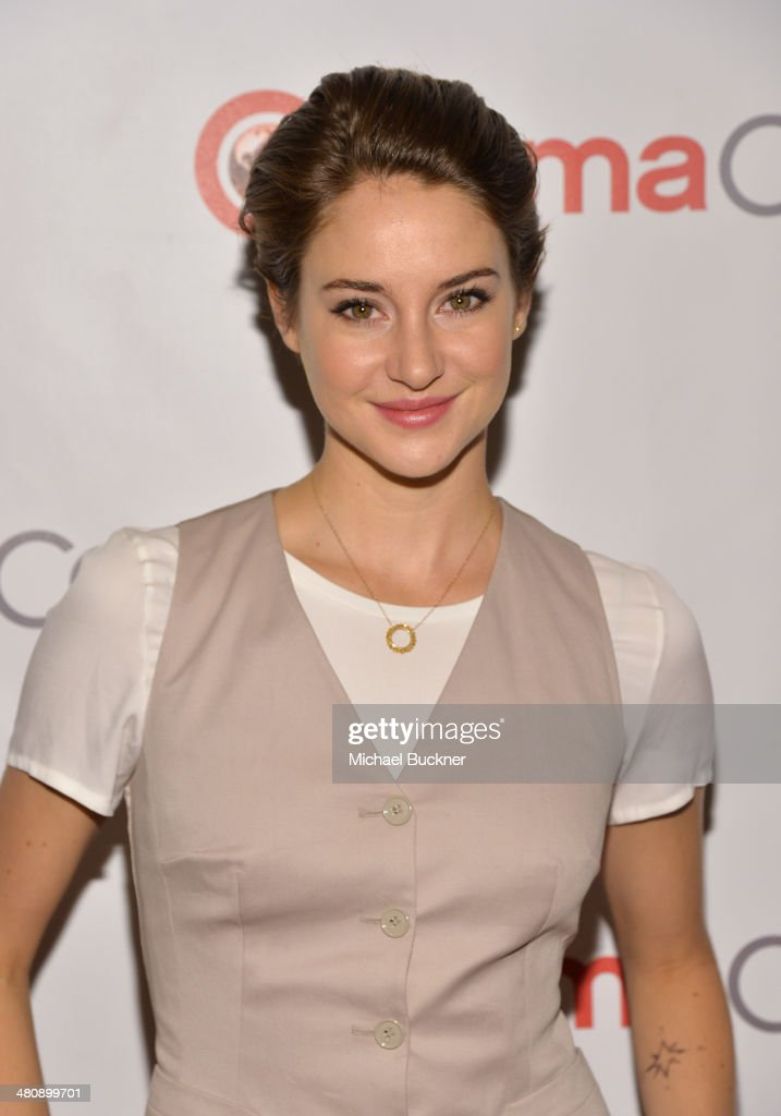 Actress <a gi-track='captionPersonalityLinkClicked' href=/galleries/search?phrase=Shailene+Woodley&family=editorial&specificpeople=676833 ng-click='$event.stopPropagation()'>Shailene Woodley</a> attends 20th Century Fox's Special Presentation Highlighting Its Future Release Schedule during CinemaCon, the official convention of the National Association of Theatre Owners, at The Colosseum at Caesars Palace on March 27, 2014 in Las Vegas, Nevada.