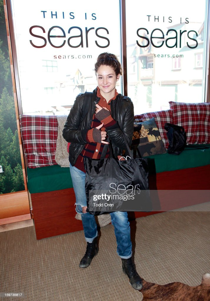 Actress <a gi-track='captionPersonalityLinkClicked' href=/galleries/search?phrase=Shailene+Woodley&family=editorial&specificpeople=676833 ng-click='$event.stopPropagation()'>Shailene Woodley</a> attends Day 2 of Sears Shop Your Way Digital Recharge Lounge on January 19, 2013 in Park City, Utah.