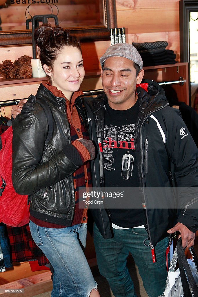 Actress Shailene Woodley (L) attends Day 2 of Sears Shop Your Way Digital Recharge Lounge on January 19, 2013 in Park City, Utah.