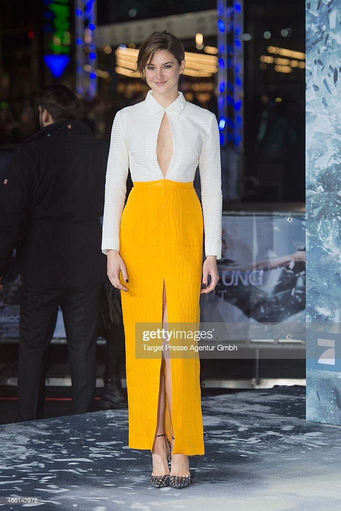 Actress <a gi-track='captionPersonalityLinkClicked' href=/galleries/search?phrase=Shailene+Woodley&family=editorial&specificpeople=676833 ng-click='$event.stopPropagation()'>Shailene Woodley</a> attends the German Premiere of 'Die Bestimmung - Insurgent' at CineStar on March 13, 2015 in Berlin, Germany.