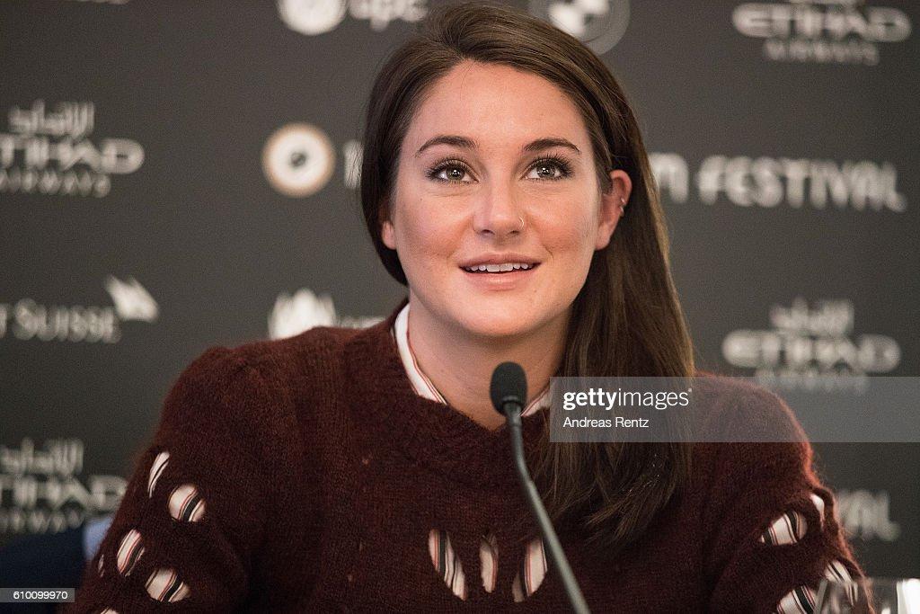 'Snowden' Press Conference - 12th Zurich Film Festival