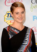 Actress Shailene Woodley poses in the press room during FOX's 2014 Teen Choice Awards at The Shrine Auditorium on August 10 2014 in Los Angeles...