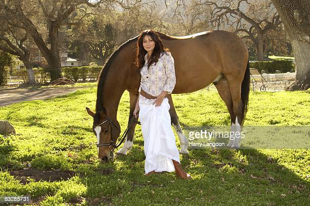 Actress Shannen Doherty poses for a portrait session on January 11 2007 in Los Angeles California