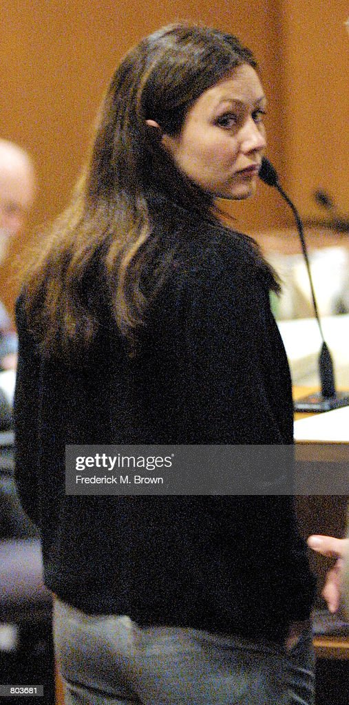 Actress Shannon Doherty makes an appearance in Ventura County Court on charges of Driving Under the Influence April 30, 2001 in Ventura, CA.