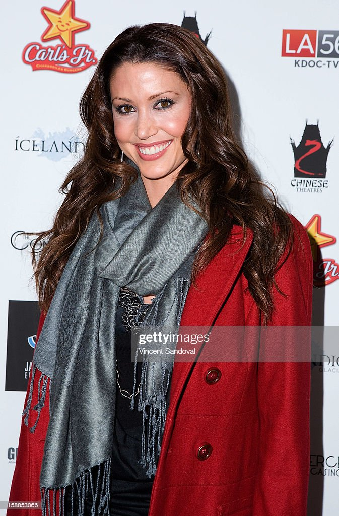 Actress <a gi-track='captionPersonalityLinkClicked' href=/galleries/search?phrase=Shannon+Elizabeth&family=editorial&specificpeople=201622 ng-click='$event.stopPropagation()'>Shannon Elizabeth</a> attends the 'First Night 2013' New Year's Eve Party hosted by Jamie Kennnedy at Grauman's Chinese Theatre on December 31, 2012 in Hollywood, California.