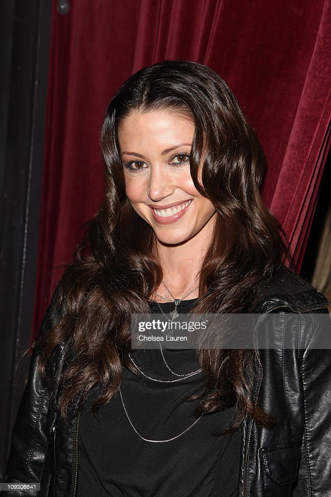 Actress <a gi-track='captionPersonalityLinkClicked' href=/galleries/search?phrase=Shannon+Elizabeth&family=editorial&specificpeople=201622 ng-click='$event.stopPropagation()'>Shannon Elizabeth</a> attends the Opening Night of 'Rock of Ages' at the Pantages Theatre on February 15, 2011 in Hollywood, California.