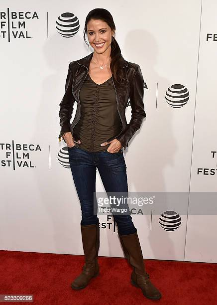 Actress Shannon Elizabeth attends the premiere 'Special Correspondents' during the 2016 Tribeca Film Festival at BMCC John Zuccotti Theater on April...