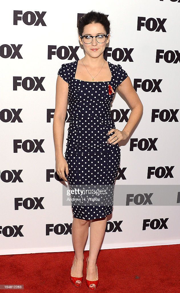 Actress Shannon Woodward attends a Salute To FOX Comedy on October 26, 2012 in New York City.