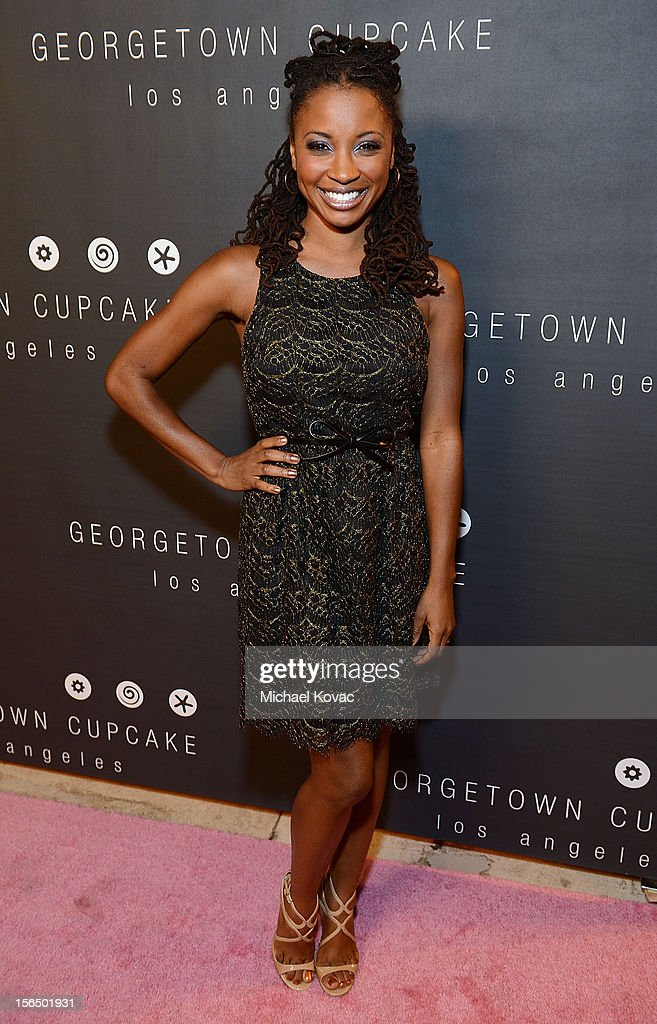 Actress <a gi-track='captionPersonalityLinkClicked' href=/galleries/search?phrase=Shanola+Hampton&family=editorial&specificpeople=2129035 ng-click='$event.stopPropagation()'>Shanola Hampton</a> attends the Los Angeles Grand Opening of Georgetown Cupcake Los Angeles on November 15, 2012 in Los Angeles, California.