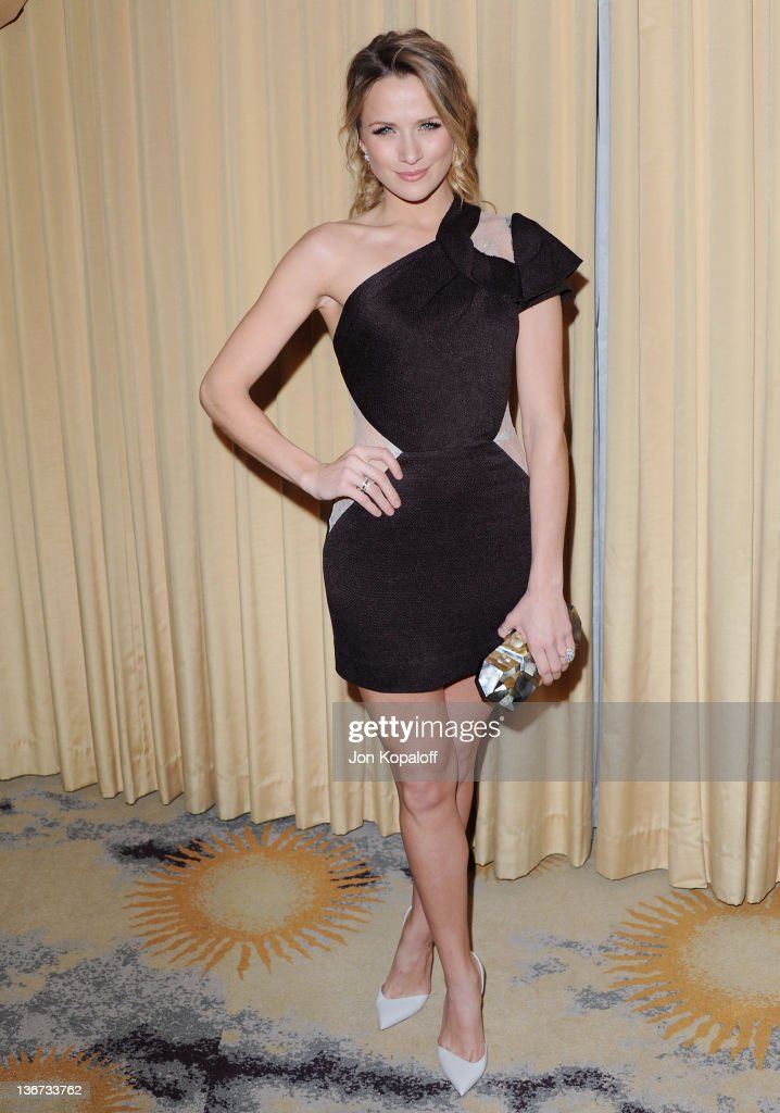 Actress Shantel VanSanten arrives at Forevermark And InStyle Golden Globes Event 'A Promise Of Beauty And Brilliance' at the Beverly Hills Hotel on January 10, 2012 in Beverly Hills, California.