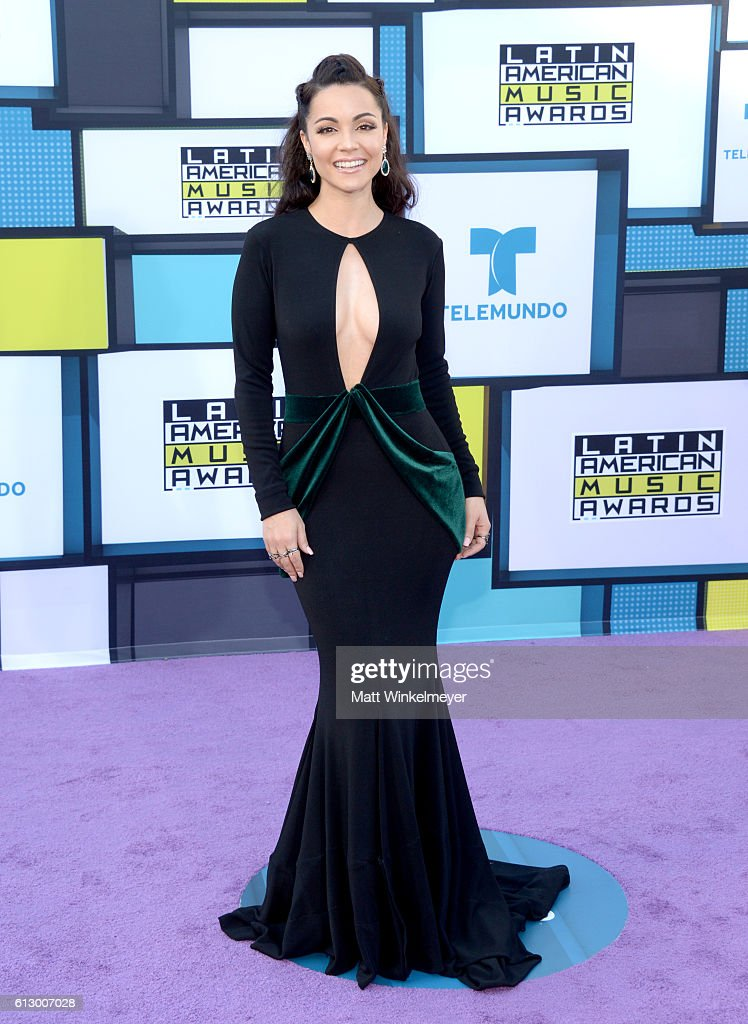 Actress Sharlene Taule attends the 2016 Latin American Music Awards at Dolby Theatre on October 6, 2016 in Hollywood, California.