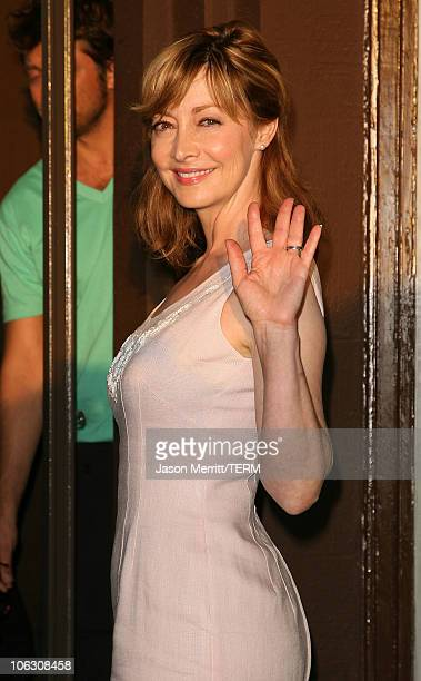 Actress Sharon Lawrence arrives at the decadestwo grand reopening celebration on July 18 2007 in Los Angeles California