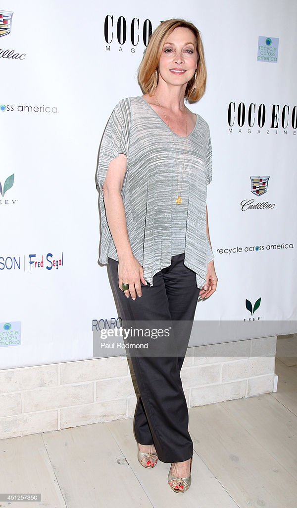 Actress <a gi-track='captionPersonalityLinkClicked' href=/galleries/search?phrase=Sharon+Lawrence&family=editorial&specificpeople=202246 ng-click='$event.stopPropagation()'>Sharon Lawrence</a> attending COCO ECO Magazine Launches Debut Print Issue EARTH ROCKS! An Evening Of Eco-Chic Fashion & Beauty at Roy Robinson at Fred Segal on June 25, 2014 in Los Angeles, California.