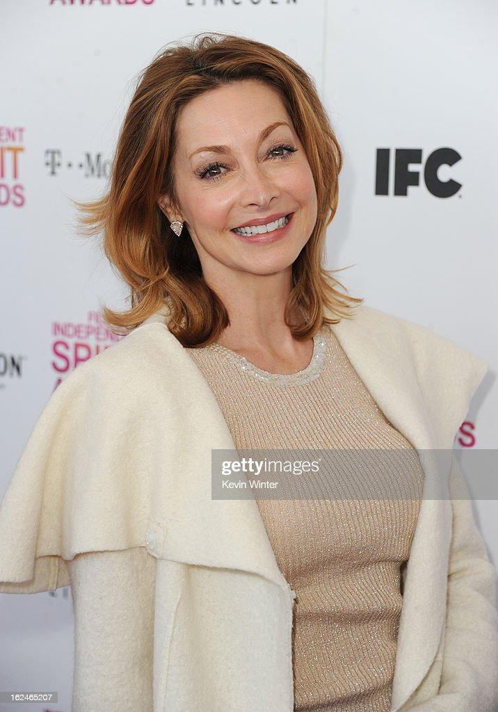 Actress Sharon Lawrence attends the 2013 Film Independent Spirit Awards at Santa Monica Beach on February 23, 2013 in Santa Monica, California.