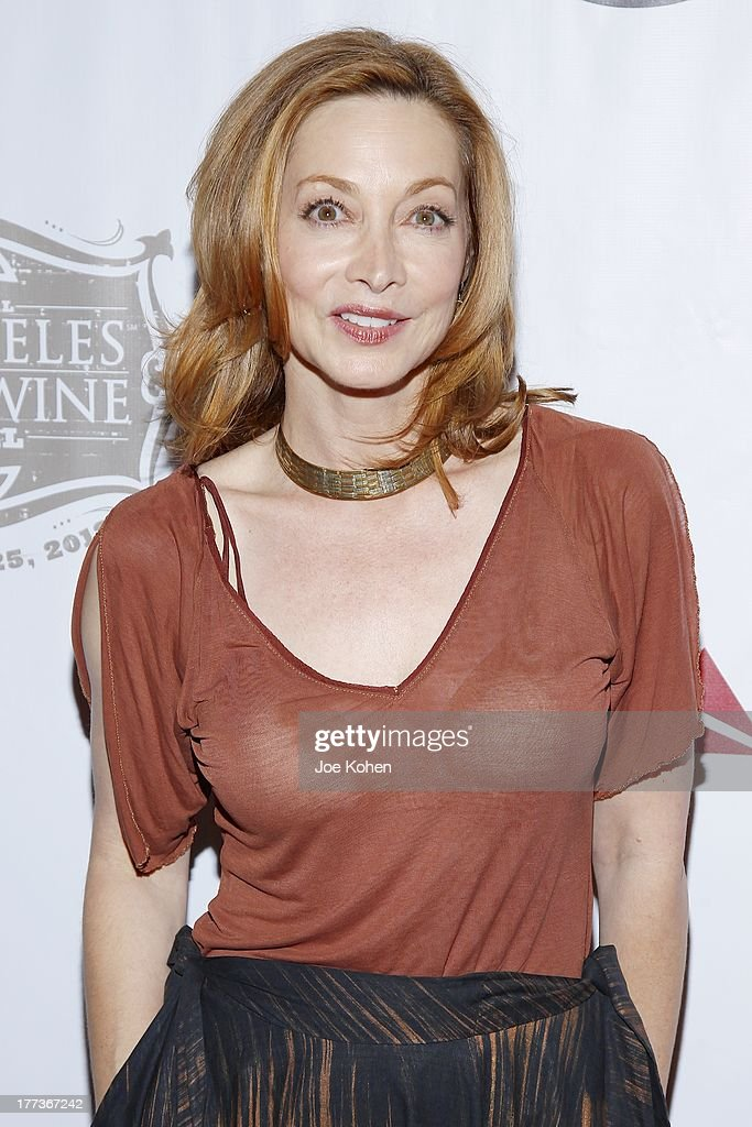 Actress <a gi-track='captionPersonalityLinkClicked' href=/galleries/search?phrase=Sharon+Lawrence&family=editorial&specificpeople=202246 ng-click='$event.stopPropagation()'>Sharon Lawrence</a> attends the 2013 Los Angeles Food & Wine Festival 'Festa Italiana With Giada De Laurentiis' Opening Night Gala on August 22, 2013 in Los Angeles, California.