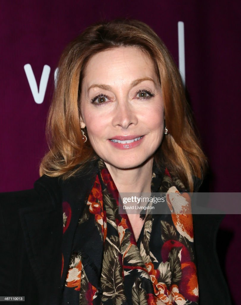 Actress <a gi-track='captionPersonalityLinkClicked' href=/galleries/search?phrase=Sharon+Lawrence&family=editorial&specificpeople=202246 ng-click='$event.stopPropagation()'>Sharon Lawrence</a> attends the opening night performance of 'Above the Fold' at the Pasadena Playhouse on February 5, 2014 in Pasadena, California.