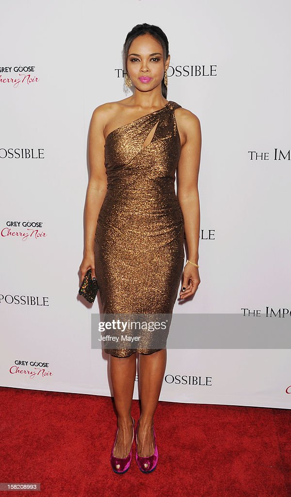 Actress Sharon Leal arrives at the 'The Impossible' - Los Angeles Premiere at ArcLight Cinemas Cinerama Dome on December 10, 2012 in Hollywood, California.