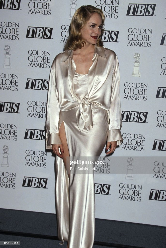 Actress <a gi-track='captionPersonalityLinkClicked' href=/galleries/search?phrase=Sharon+Stone&family=editorial&specificpeople=156409 ng-click='$event.stopPropagation()'>Sharon Stone</a> attends the 52nd Annual Golden Globe Awards on January 21, 1995 at Beverly Hilton Hotel in Beverly Hills, California.