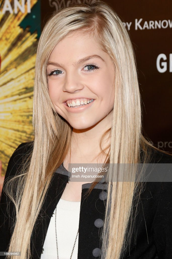 Actress Shauna Case attends the Markus + Indrani ICONS Book Launch Party at Merry Karnowsky Gallery on January 10, 2013 in Los Angeles, California.
