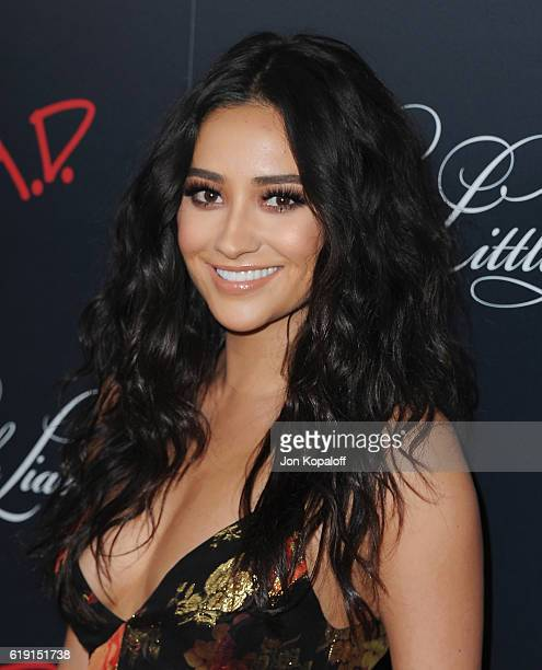 Actress Shay Mitchell arrives at the Celebration For Freeform's 'Pretty Little Liars' Final Season at Siren Studios on October 29 2016 in Hollywood...