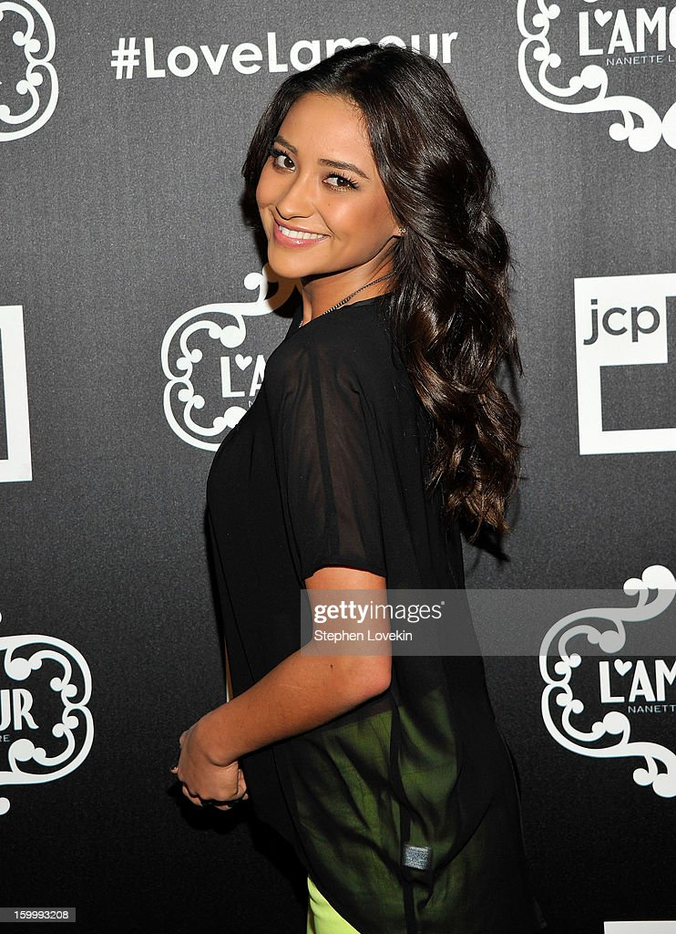 Actress <a gi-track='captionPersonalityLinkClicked' href=/galleries/search?phrase=Shay+Mitchell&family=editorial&specificpeople=6886213 ng-click='$event.stopPropagation()'>Shay Mitchell</a> attends the L'Amour by Nanette Lepore for JCPenney launch party at Good Units at Hudson Hotel on January 24, 2013 in New York City.