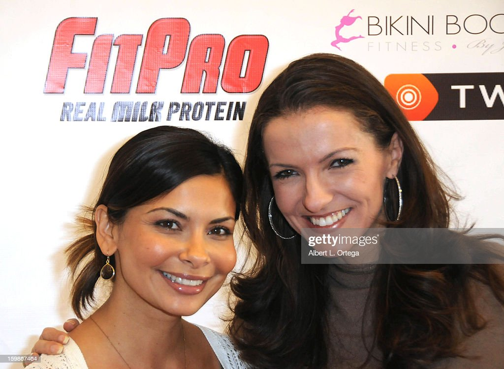Actress Shazia Ali and actress/dancer Menina Fortunato participate in the Red Carpet Health Expo held at The Vitamin Shoppe on January 12, 2013 in Los Angeles, California.