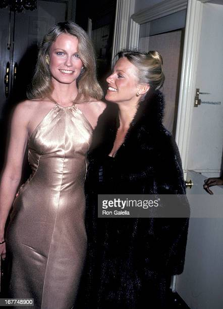 Actress Shelley Hack and actress Cheryl Ladd attend 'The Love Boat' Honors Helen Hayes on February 22 1980 at the Beverly Hills Hotel in Beverly...