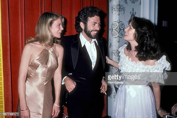 Actress Shelley Hack date John Leone and actress Jaclyn Smith attend 'The Love Boat' Honors Helen Hayes on February 22 1980 at the Beverly Hills...