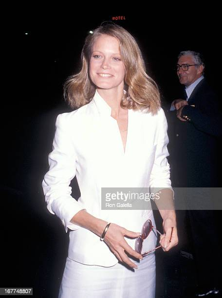 Actress Shelley Hack visits 'The Merv Griffin Show' on October 1 1979 at the TAV Celebrity Theatre in Hollywood California