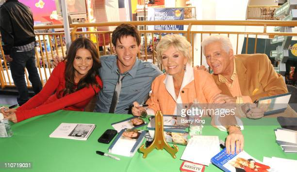 Actress Shelley Hennig actor Mark Hapka actress Susan Seaforth Hayes and actor Bill Hayes attend the 'Days of Days' Fan Event for 'Days Of Our Lives'...
