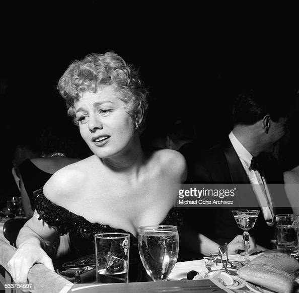 Actress Shelley Winters attends the Screen Directors Dinner Awards dinner in Los AngelesCA