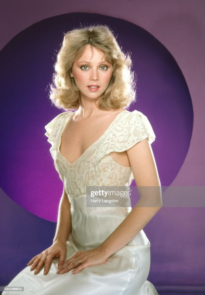 Actress Shelly Long poses for a portrait in 1984 in Los Angeles, California.