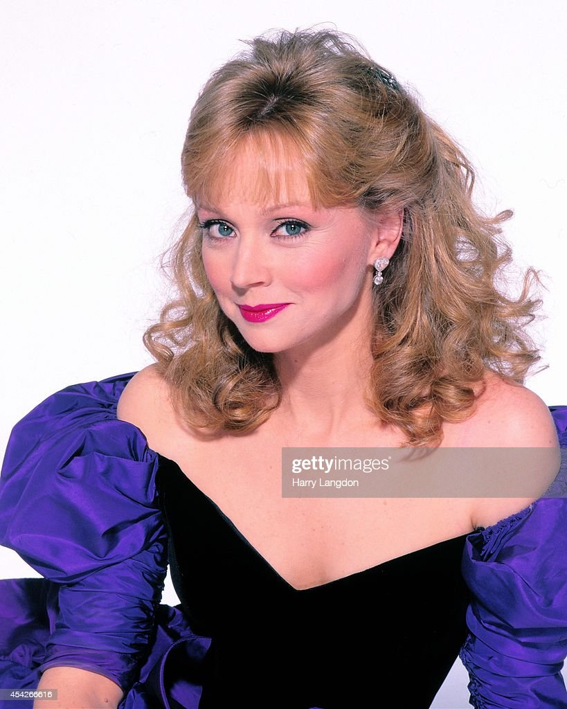 Actress Shelly Long poses for a portrait in 1998 in Los Angeles, California.