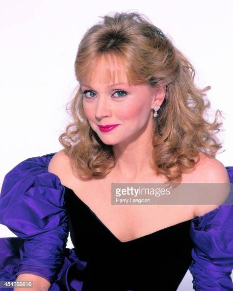 Shelley Long Nude Photos 74