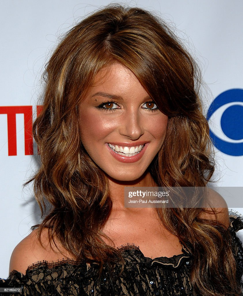 Actress Shenae Grimes arrives at the CBS, CW and Showtime Press Tour Stars Party held at Boulevard 3 on July 18th, 2008 in Hollywood, California.