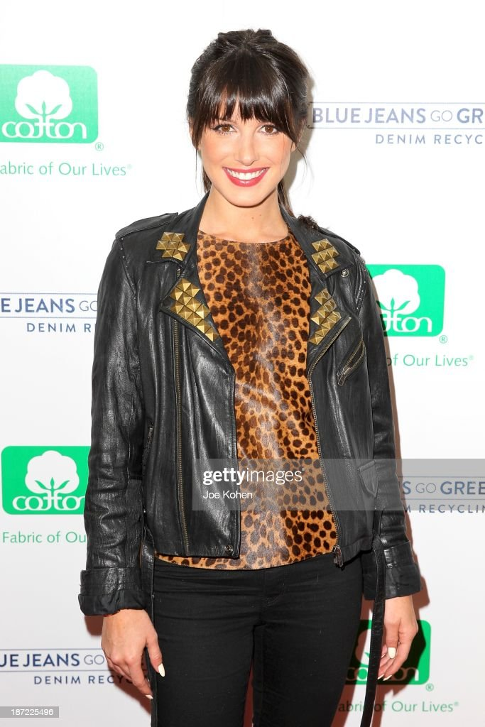 Actress <a gi-track='captionPersonalityLinkClicked' href=/galleries/search?phrase=Shenae+Grimes&family=editorial&specificpeople=2153141 ng-click='$event.stopPropagation()'>Shenae Grimes</a> attends Blue Jeans go green celebrates 1 Million pieces of denim collected for recycling hosted by Miles Teller at SkyBar at the Mondrian Los Angeles on November 6, 2013 in West Hollywood, California.