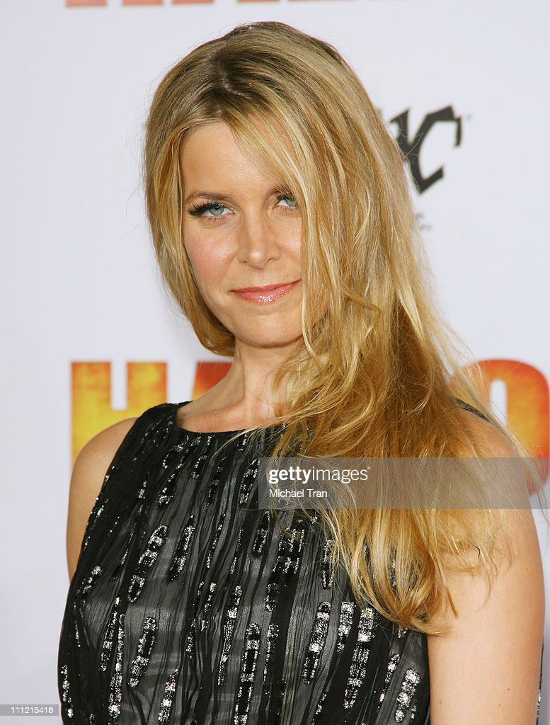 Actress Sheri Moon Zombie arrives at the 'Halloween' Los Angeles Premiere at Grauman's Chinese Theater on August 23, 2007 in Hollywood, California.