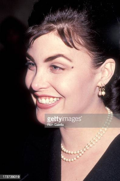 Sherilyn Fenn mobile photo 24