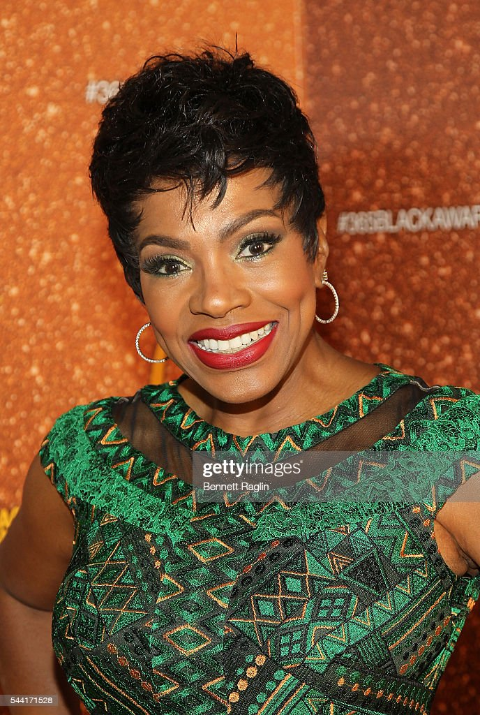 Actress <a gi-track='captionPersonalityLinkClicked' href=/galleries/search?phrase=Sheryl+Lee+Ralph&family=editorial&specificpeople=214083 ng-click='$event.stopPropagation()'>Sheryl Lee Ralph</a> attends the 13th Annual McDonald's 365Black Awards on July 1, 2016 in New Orleans, Louisiana.