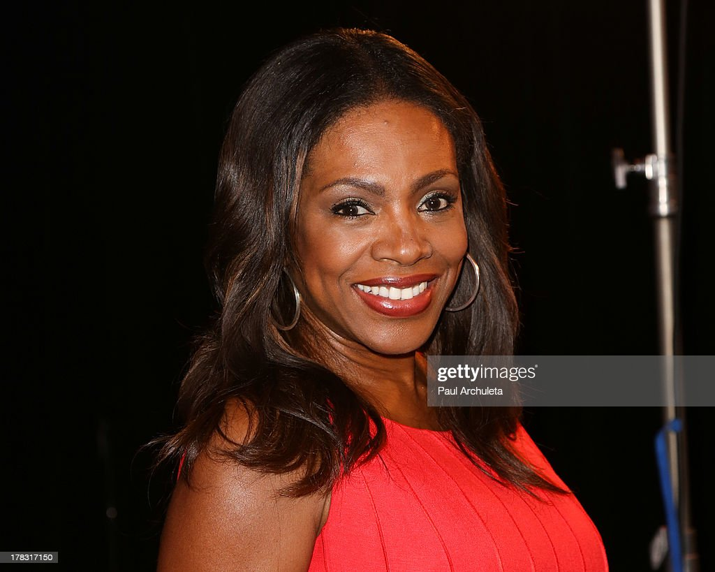 Actress <a gi-track='captionPersonalityLinkClicked' href=/galleries/search?phrase=Sheryl+Lee+Ralph&family=editorial&specificpeople=214083 ng-click='$event.stopPropagation()'>Sheryl Lee Ralph</a> attends the casting auditions for the new reality show 'Too Fat For Fame' at The Complex Hollywood on August 28, 2013 in Los Angeles, California.