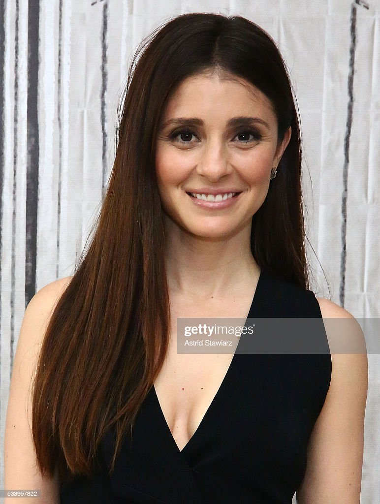 Actress <a gi-track='captionPersonalityLinkClicked' href=/galleries/search?phrase=Shiri+Appleby&family=editorial&specificpeople=240294 ng-click='$event.stopPropagation()'>Shiri Appleby</a> attends AOL Build Presents: The Cast Of 'UnREAL' at AOL Studios In New York on May 24, 2016 in New York City.