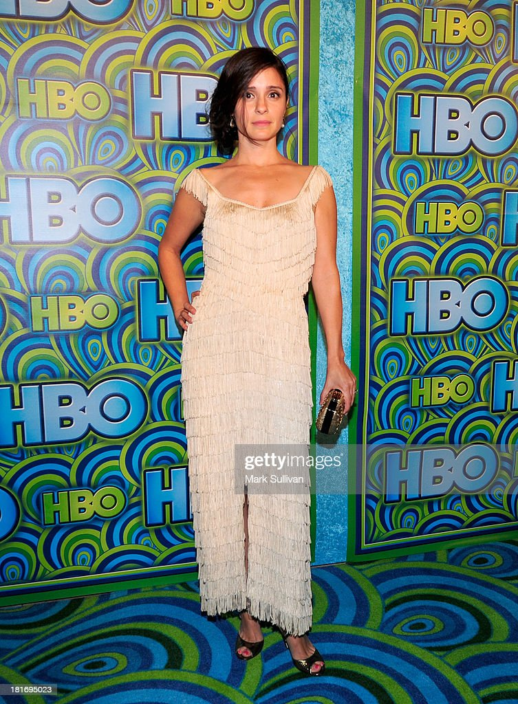 Actress <a gi-track='captionPersonalityLinkClicked' href=/galleries/search?phrase=Shiri+Appleby&family=editorial&specificpeople=240294 ng-click='$event.stopPropagation()'>Shiri Appleby</a> attends HBO's Post Emmy Awards party at Pacific Design Center on September 22, 2013 in West Hollywood, California.
